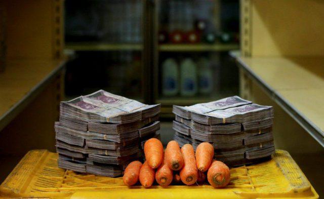 با چه مقدار از بولیوار ونزوئلا می توانید کالاهای اساسی را خریداری کنید؟