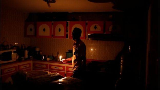 شرایط مردم کشور ونزوئلاو بحران برق و آب و گاز ونزوئلا - پرداخت قبضینو