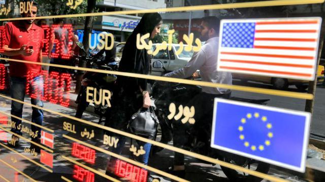 تحریم اقتصادی علیه ایران و اثرات آن بر اقتصاد ایران